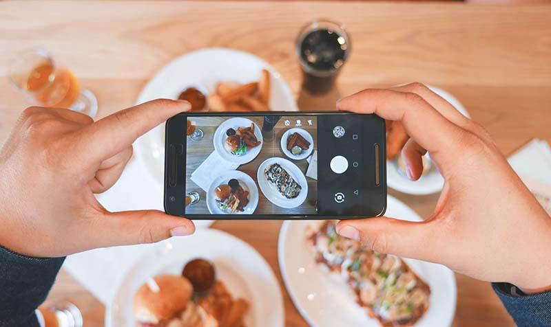 fotografisanje-preko-mobilnog-telefona
